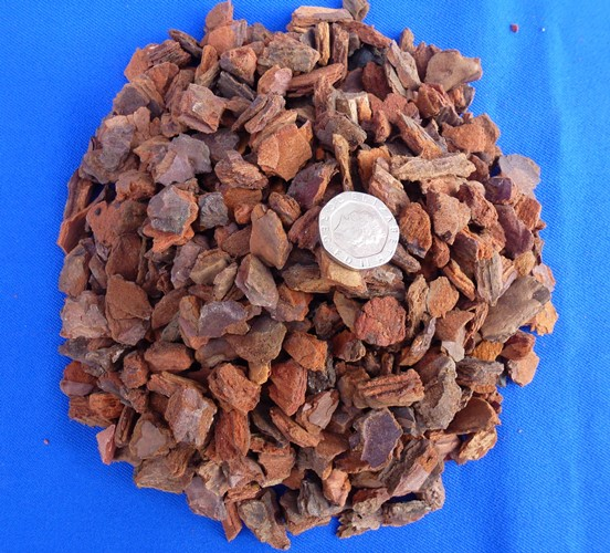 A Portuguese Pinaster Large Grade Orchid Bark 12-20mm 15Lt Bag